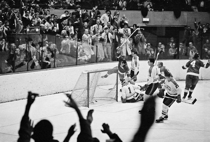 100th anniversary of the NHL - November 20, 2017:  Nov. 10, 1963: Gordie Howe scores No. 545 -  On Nov. 10, 1963, Gordie Howe of the Detroit Red Wings broke the all-time goal-scoring record previously held by Maurice Richard by scoring his 545th goal.