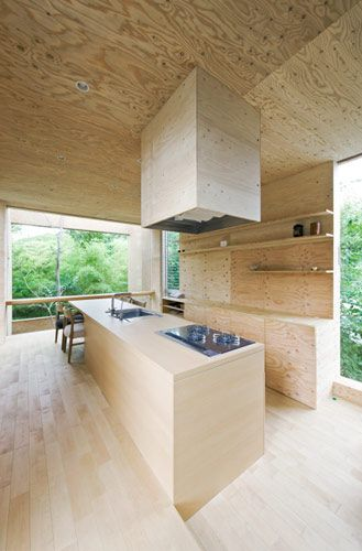 plywood kitchen + interior cladding | +node house Fukuyama, UID Architects…