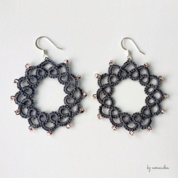 Guarda questo articolo nel mio negozio Etsy https://www.etsy.com/it/listing/274983108/orecchini-a-cerchio-stile-pizzo-con