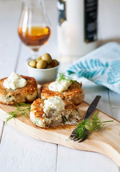 Tuna & Potato Fishcakes at Cooking Melangery