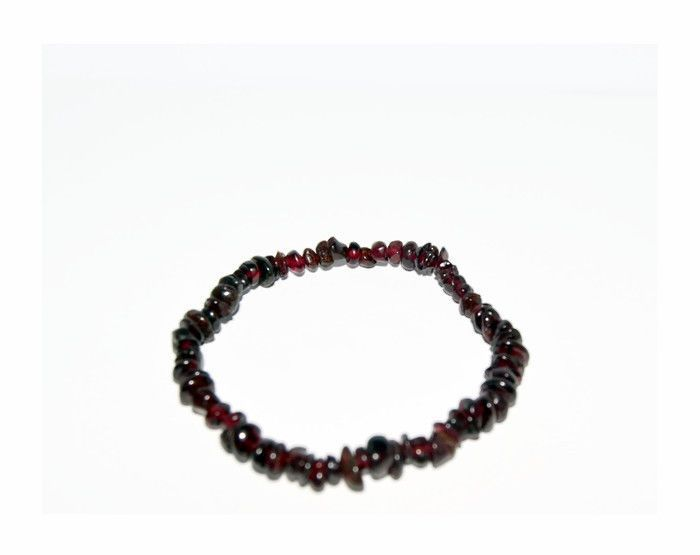 Genuine Garnet beaded bracelet, Dark Red Garnet chips #Handmade #Beaded