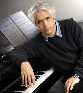 Claudio Bravo , Pianista