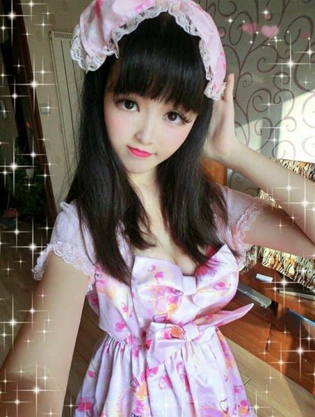 Yun Tang barbie humaine chinoise - http://www.2tout2rien.fr/yun-tang-barbie-humaine-chinoise/