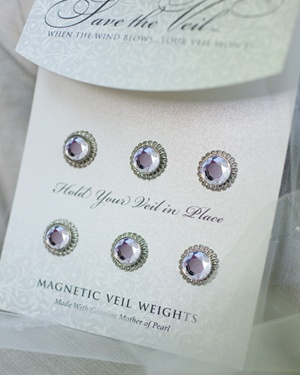 Magnetic Veil Weights to keep veil in place during beach ceremony (good idea)
