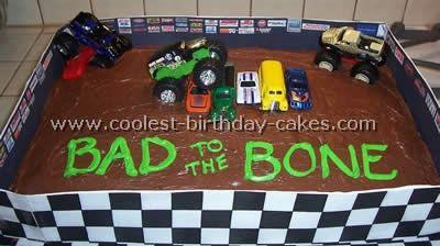 Another (easier) monster truck birthday cake