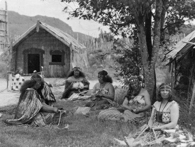 Maori women weaving flax circa 1910. Location unknown. Photographer unidentified. Maori women weaving flax. Ref: 1/2-057029-F. Alexander Turnbull Library, Wellington, New Zealand. http://natlib.govt.nz/records/23132835