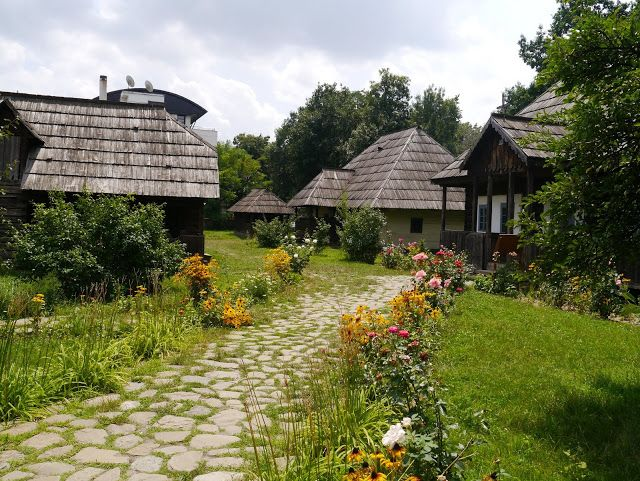 Traditional Romanian houses