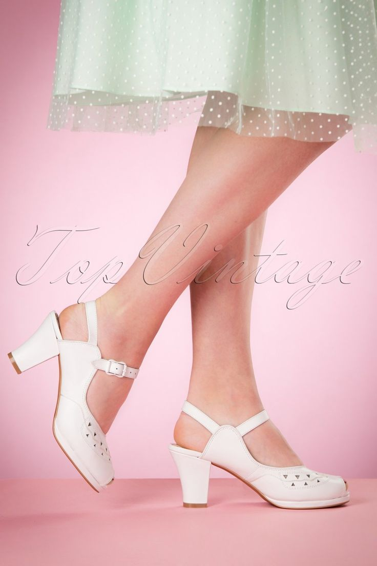 1940s Womens Shoe Styles 40s Betty Sandals in White £119.83 AT vintagedancer.com