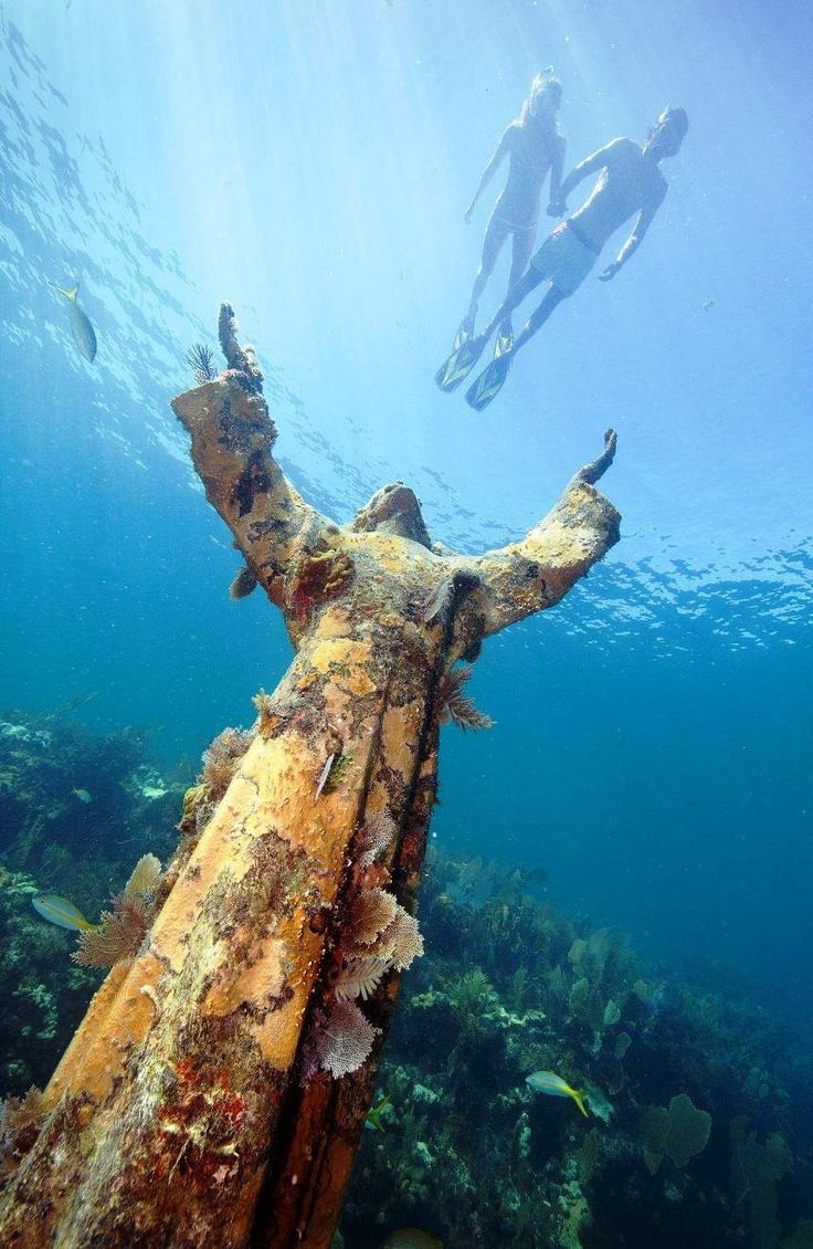 "Christ of the Abyss, Key Largo, Florida ..... ""neither height, nor depth .... nor anything in all creation can separate us from the love of God..."" Best snorkeling #snorkel"