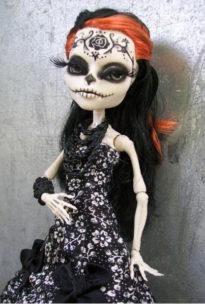 Monster High Skelita Day of the Dead Custom by macabredarling.deviantart.com on…