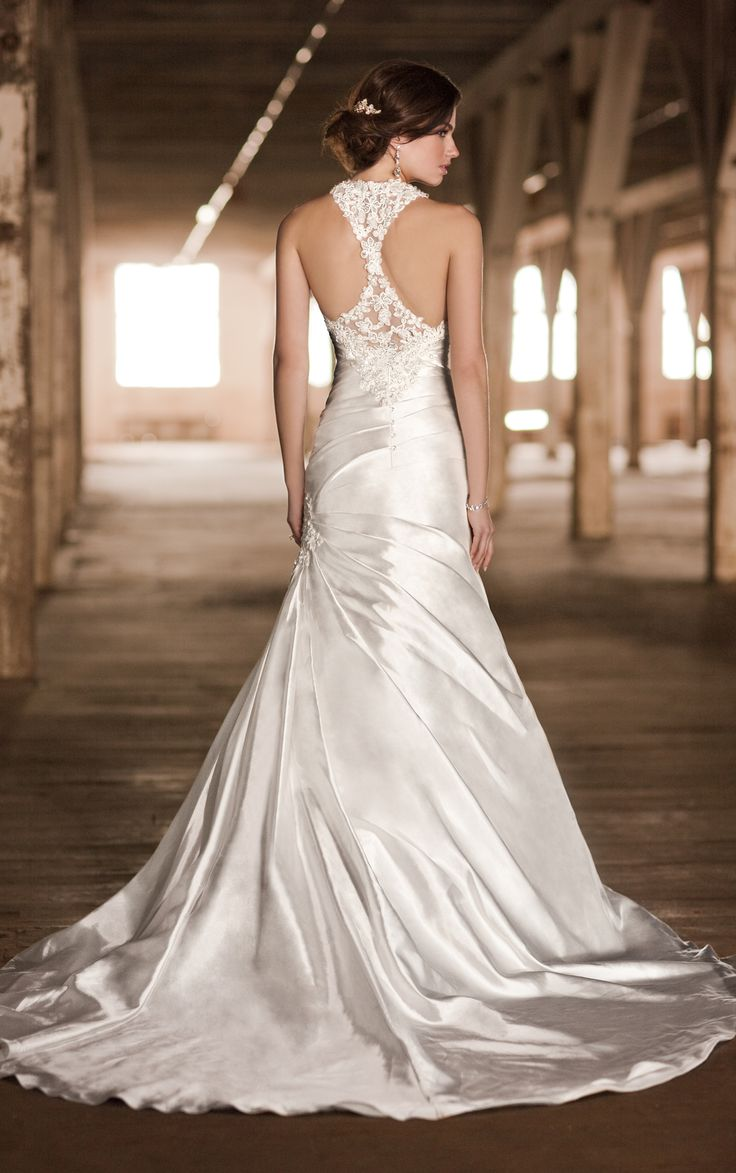 wedding dress styles ruching on the top