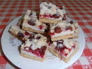 Gerdi süti: Cseresznyés-ribizlis túrós pite