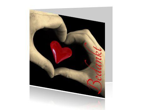 http://wensplein.nl/origineel_img/voor/wenskaarten/bedankt_kaartje/dankjewel-kaartje-rood-hartje-handen-hart