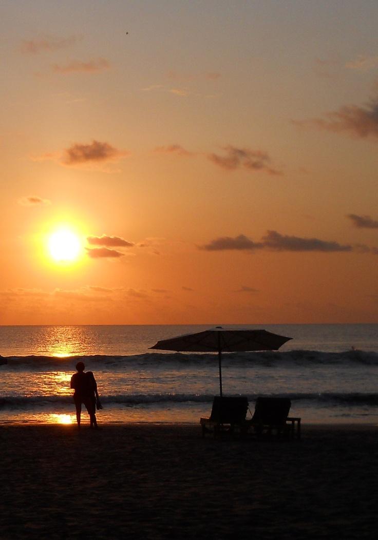 Romantic Sundet at Jimbaran Beach, Bali.