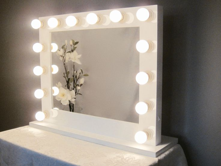 Vanity Mirror With Lights Etsy : 1000+ ideas about Lighted Vanity Mirror on Pinterest Mirror vanity, Diy makeup vanity and Diy ...