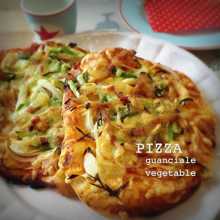 2016.8.28   Guanciale on the PIZZA   ricoricoちゃんたちのお昼ごはん  またピザ(;; 一度すると繰り返す  そうそうグアンチャーレがあった  #PIZZA #Vegetable#italy #Italian #guanciale #イタリアン #VEGE #foodpic #lunch#昼ごはん #ピザ #ピッツァ #野菜 #instafood #foods#手ごね #カフェ #子どもごはん #おうちごはん#おうちカフェ #オーガニック #organic #instafood #cooking #ホームメイド #homemade #料理 #暮らし #italianfoods #イタリアン #picoffood #photooffood