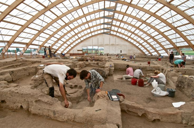 "Catalhoyuk have almost 1000 houses which is estimated to had housed between 5000-8000 people simultaneously. However, all the building are same in terms of size and the facilities and no proof telling a class differentiation is unearthed up to date. In this sense, Catalhoyuk is considered as one of the most ancient example of a type of self-governance without being in need of a government. The idea of ""Statelessness"" seems to have a longer history than we generally assume."