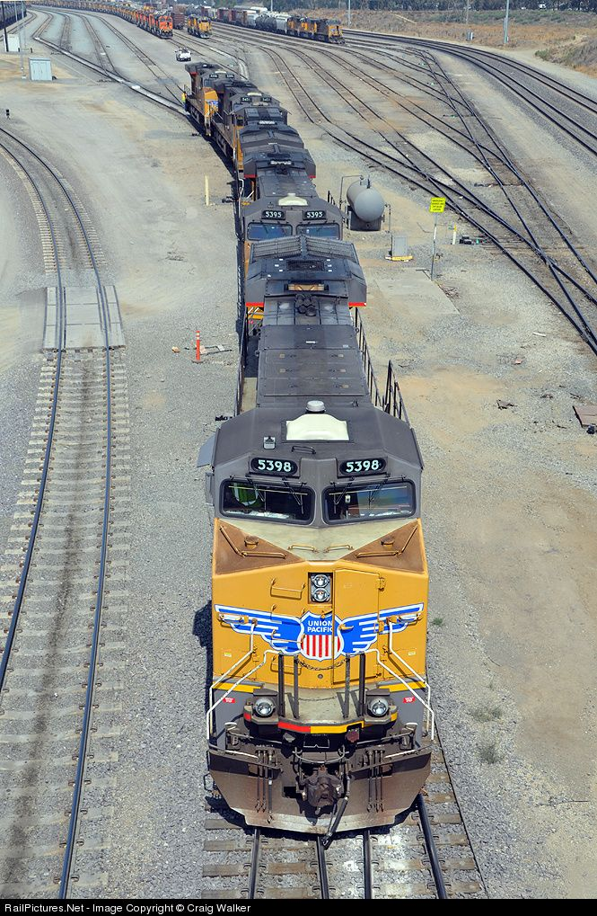 RailPictures.Net Photo: UP 5398 Union Pacific GE ES44AC at Bloomington, California by Craig Walker