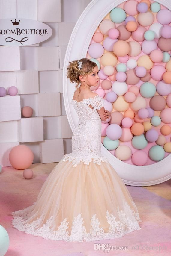 2016 Lovely Champagne Lace Mermaid Flower Girls Dresses for Weddings Capped Sleeves Kids Wedding Dress Pageant Gowns for Little Girl