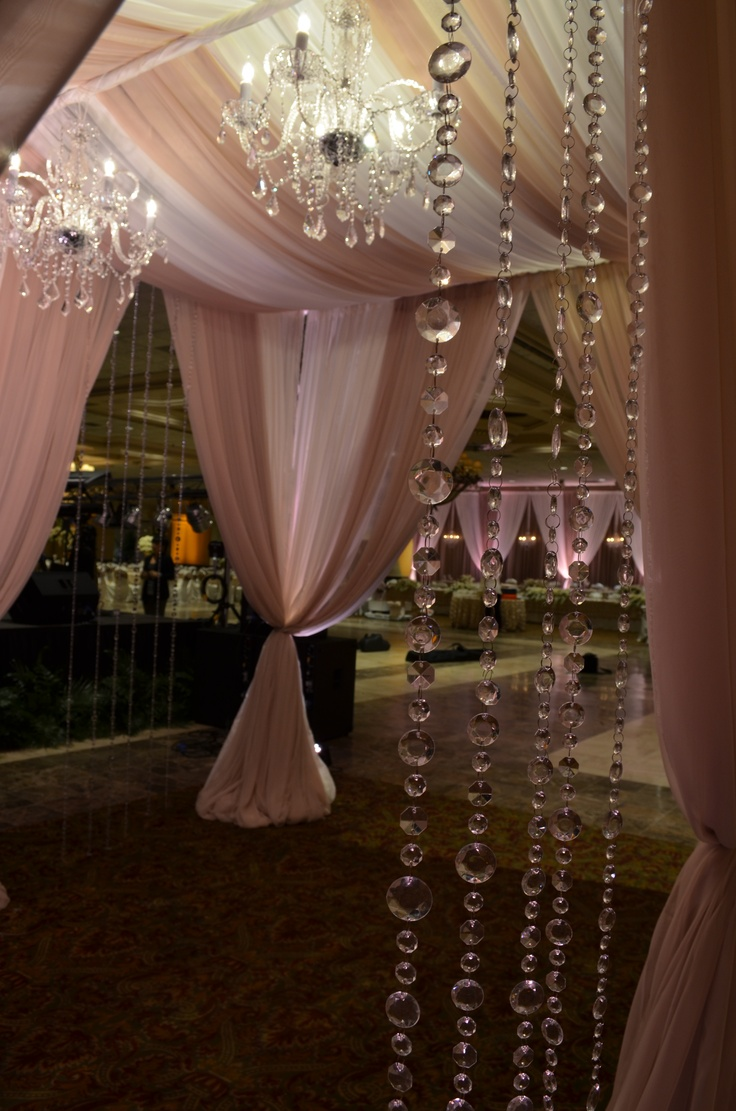 Wedding reception entrance decor - Grand Entrance Decor With Crystal Garland And Crystal Chandeliers
