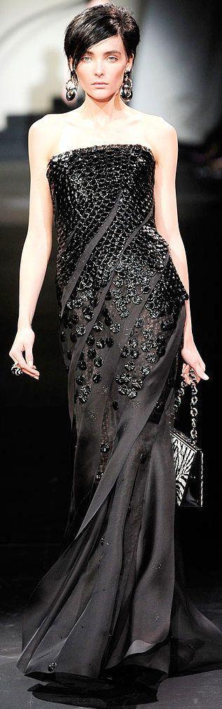 Armani Privé Fall 2009 Couture Fashion Show