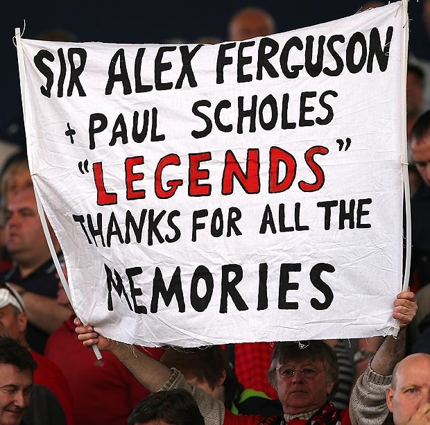 Fan farewells to Alex Ferguson and Paul Scholes #ThankyouSirAlex
