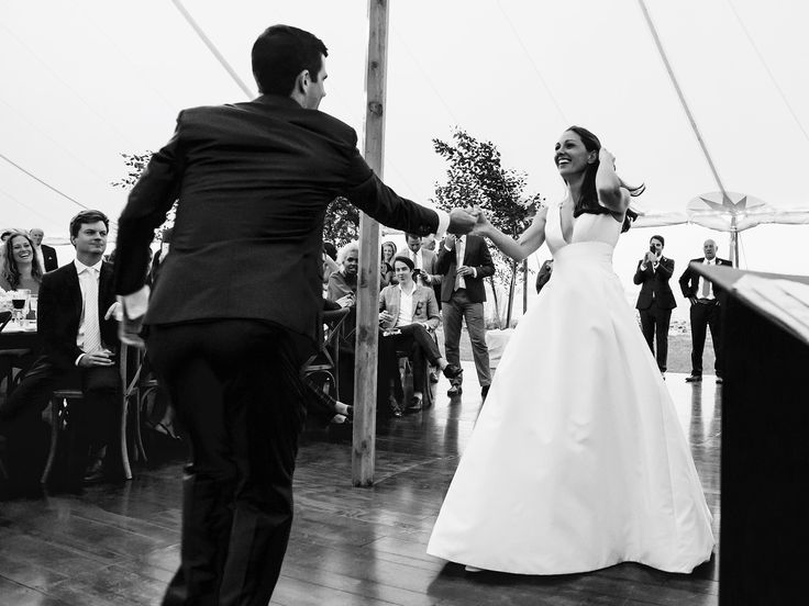 149 best elegant timeless weddings images on pinterest vogue lindsay talbot and christopher bateman wedding in new hampshire junglespirit Choice Image