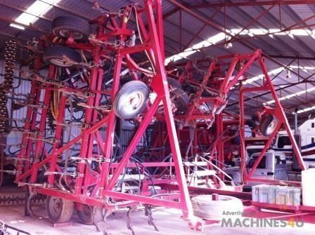 Gason Airseeder - http://www.machines4u.com.au/browse/Farm-Machinery/Planting-Seeding-Tillage-194/Airseeder-1082/