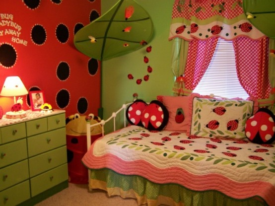 Ladybug Room- curtains, red and black wall, quilt and pillows, green dresser