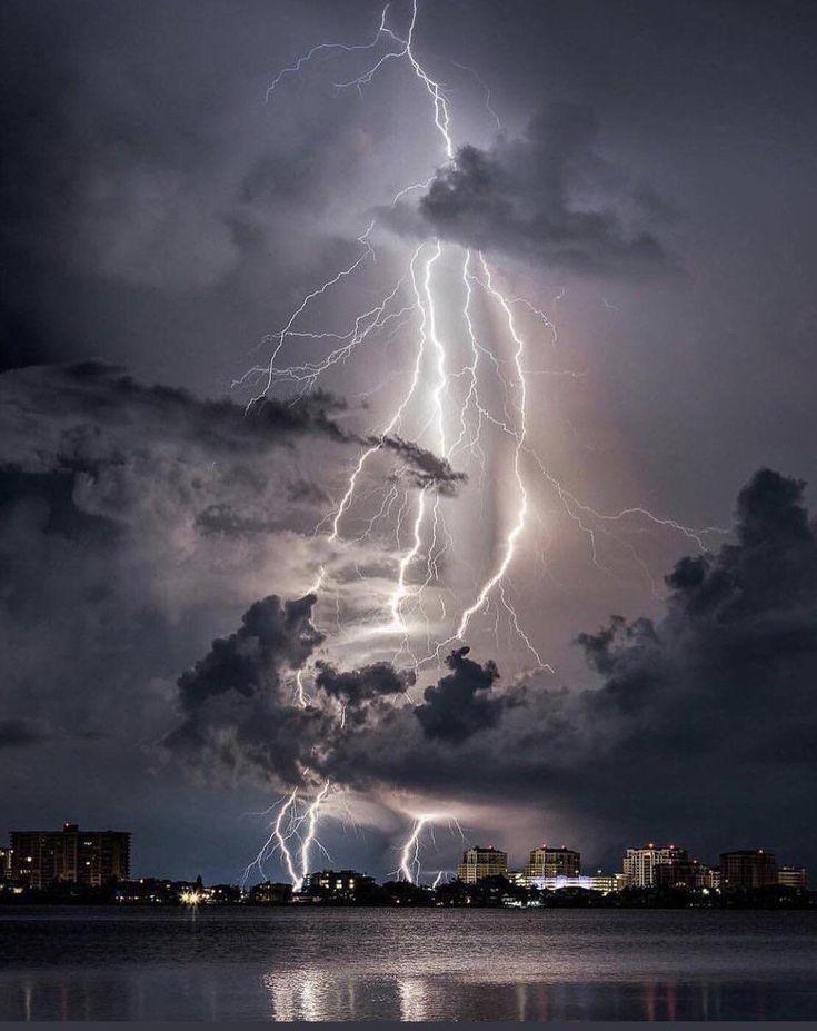 картинки стихийного явления и бедствия вообще