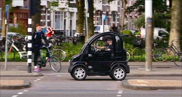 11 aug 2015 - op de van Baerlestraat in Amsterdam...