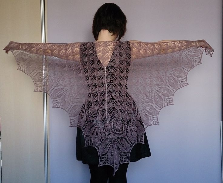 Lace shawl. Haruni pattern.
