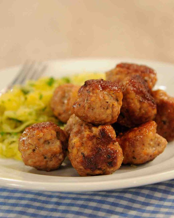 Jessica Alba's Turkey Meatballs- kobucha squash for zucchini and ground oatmeal for panko. So Delish!