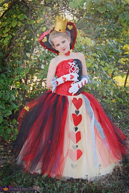 Queen of Hearts , Halloween Costume Contest via @costumeworks