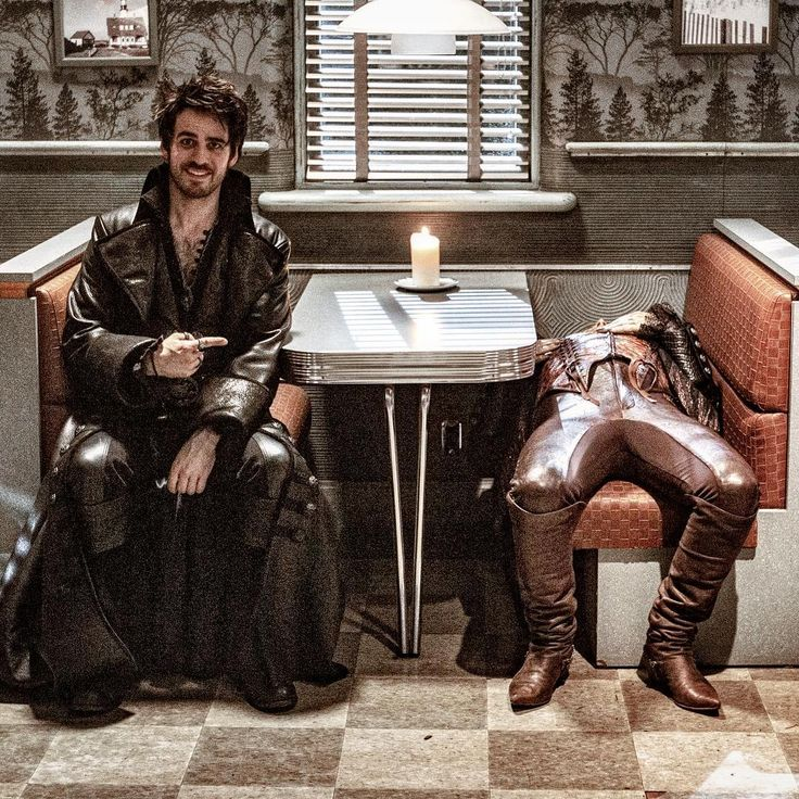 "Colin O'Donoghue and Robert Carlyle - 5 * 10 ""Broken Heart"""