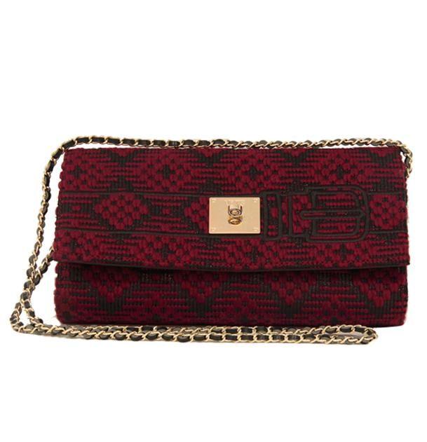 V73 Muskat Clutch Rojo http://www.v73.us/textile-bags/muskat/118-muskat-clutch-dk-rojo #v73 #muskat #clutch #rojo #red