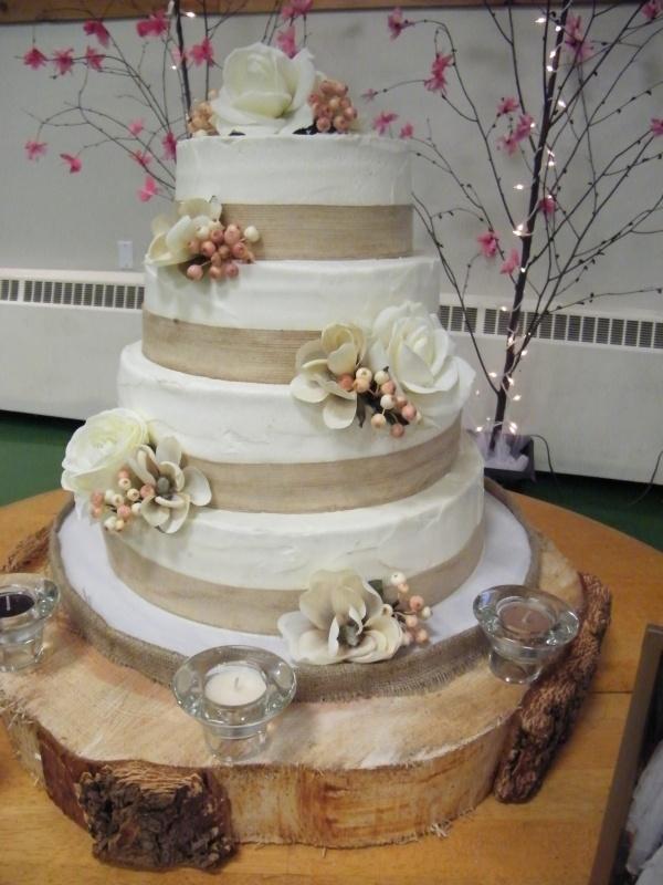 """Rustic"" themed wedding cakeSilk Flowers, Burlap Ribbons, Cake Ideas, Cake Decor, Bananas Cake, Wedding Cakes, Theme Wedding, Themed Weddings, Rustic Wedding Cake"