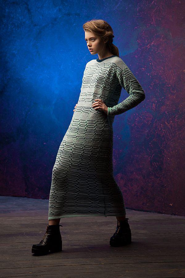 Lookbook fall-winter 2014-15. Maxi sweater dress - 390$ #25twentyfive25 #knitwear #dress #fashion