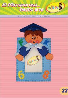 Miss Dorita niño graduado