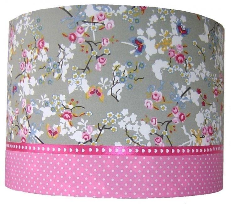 Lamp meisjeskamer roze grijs bloemen