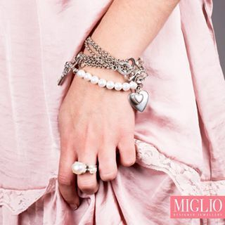 #WristWednesday from your favorite @migliodesignerjewellery - wrap this romantic #pearl #necklace around to create the perfect layered look. #migliostyle #musthave #jewellery #designer #capetown #southafrica #proudlysouthafrica