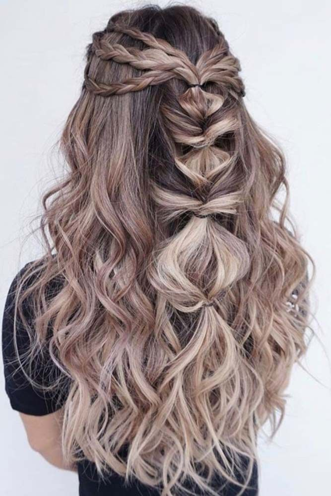 Blonde ombre is taking the world by storm. The best thing about blondish ombre tones is that they are elegant and less dramatic than some of the more colorful counterpoints.
