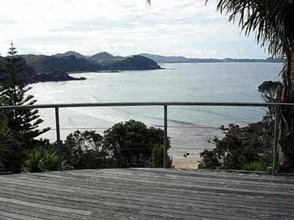 https://www.holidayhouses.co.nz/properties/56393.asp