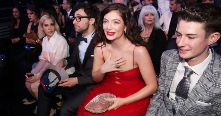 Lorde Pins Powerful Time's Up Message to Grammy Dress #headphones #music #headphones