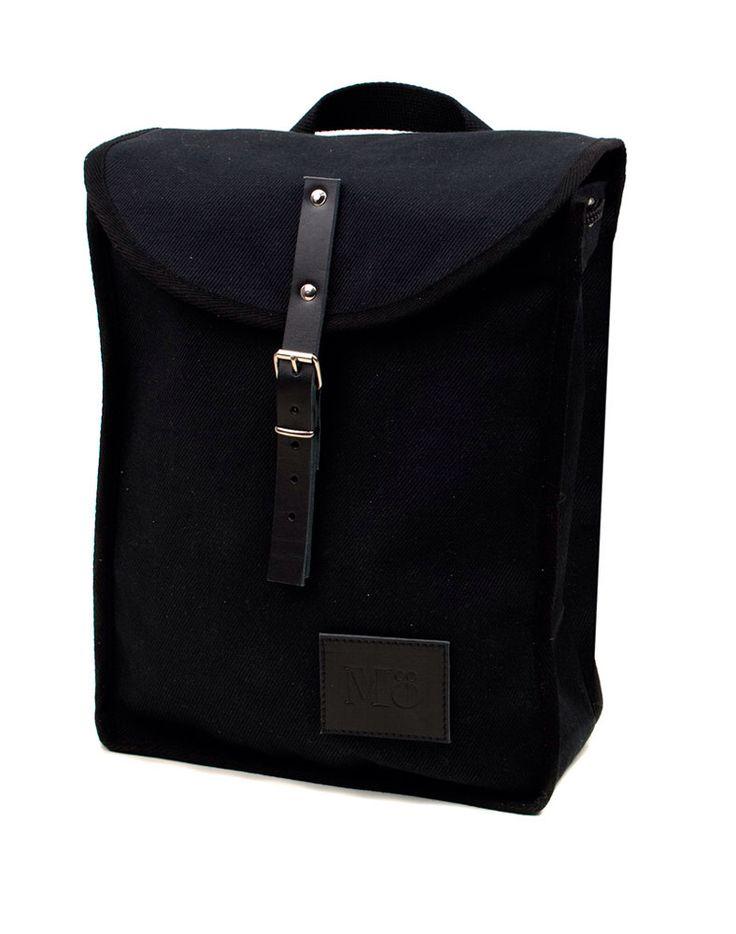 Blanco y negro, montón de línea mochila, Retro, Vintage inspirado, lona y el cuero, mochila de la mujer de Modernaked en Etsy https://www.etsy.com/es/listing/254519241/blanco-y-negro-monton-de-linea-mochila
