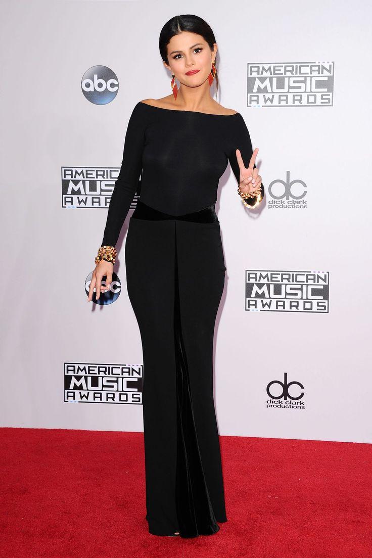 Selena Gomez Red Carpet | Selena Gomez Red Carpet Photos – 2014 American Music Awards