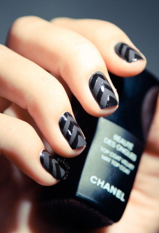 Black Matte & Shine Chevron #Nails