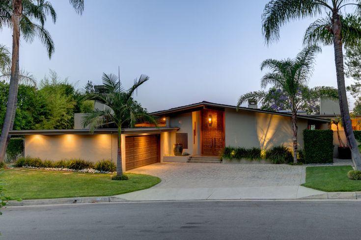 1978 33039 Pasadena Real Estate Property Highlight: 2025 Glen Springs Road