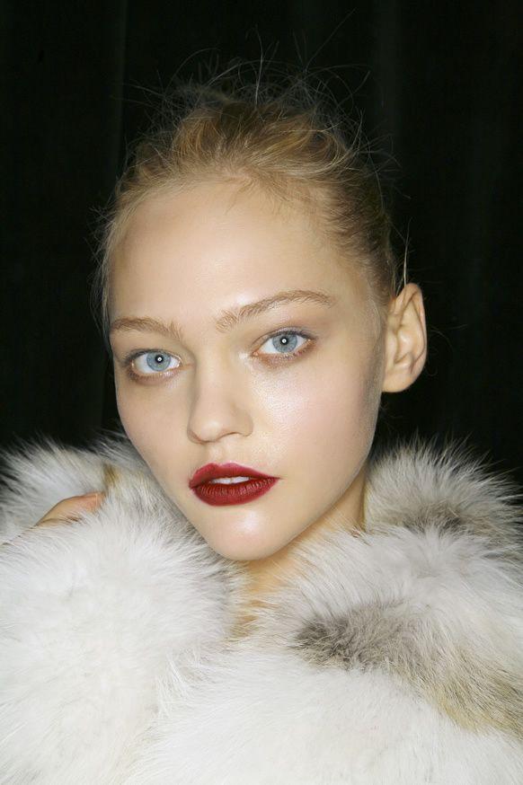 Sasha Pivovarova's dramatic red lip.