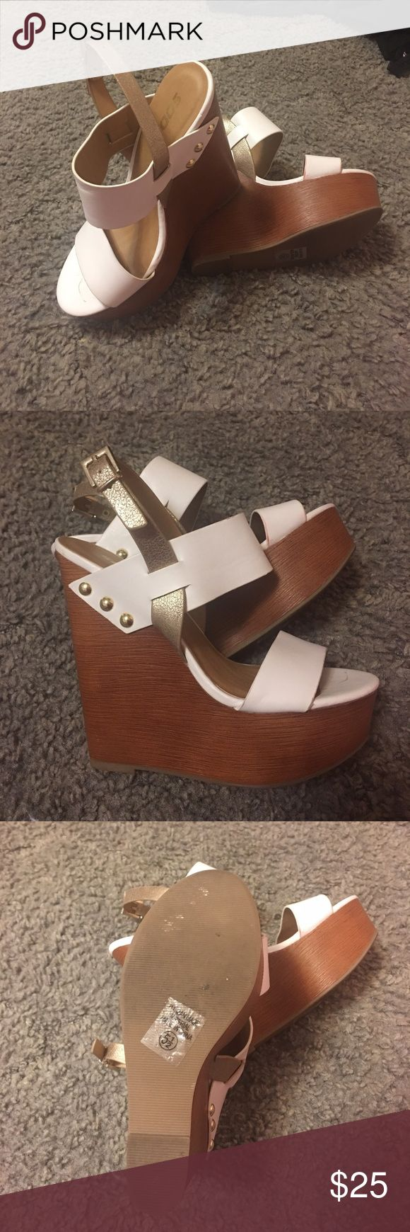 Wedges White and gold wedges Shoes Wedges